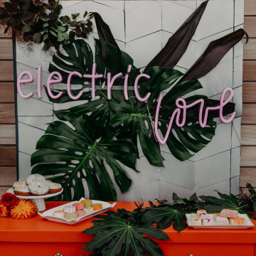 ELECTRIC LOVE NEON SIGN