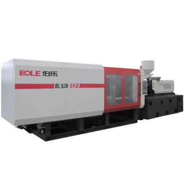 Plastic pallet injection molding machines