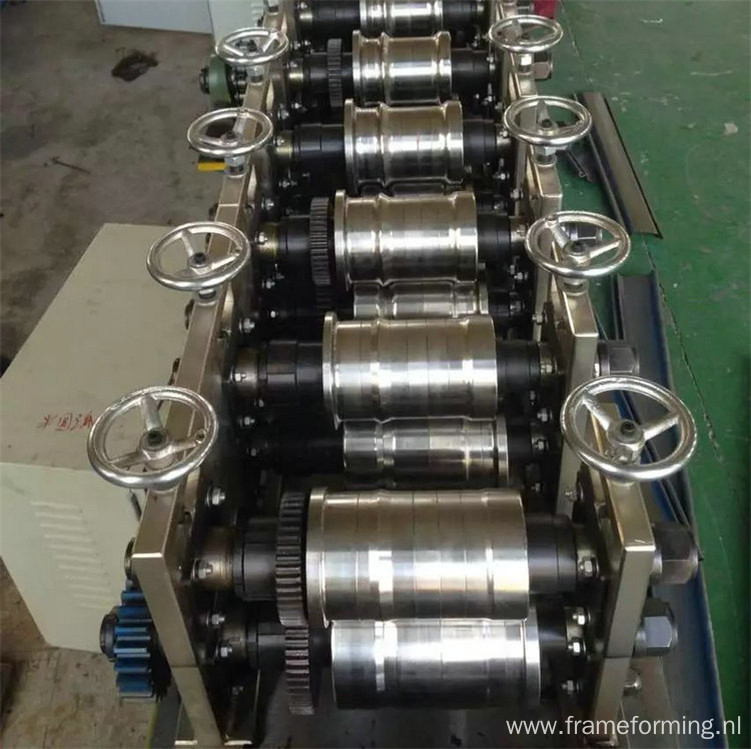 roll forming machine for roller shutter slat