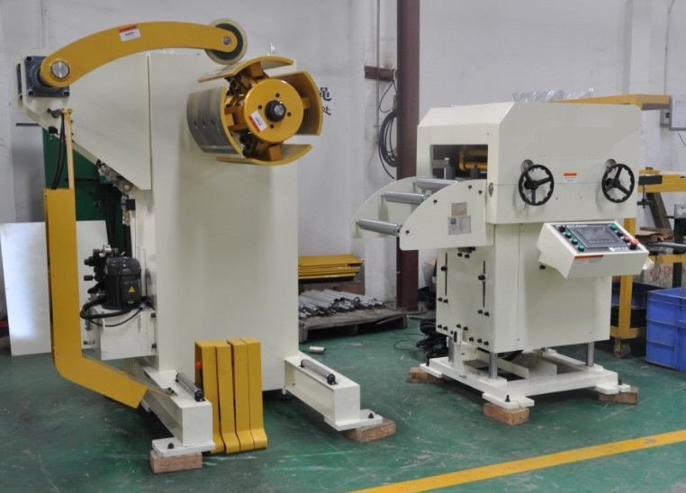 Combined Hydraulic Decoiler Leveling Nc Servo Press Coil Sheet Feed Line MAC1