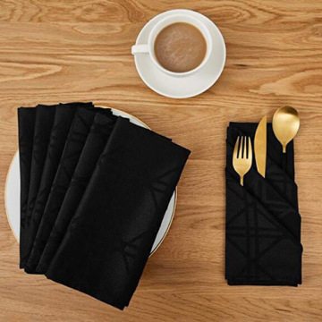 Black Damask Waterproof Dinner Cloth