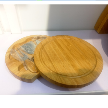 Mini round wooden cheese board