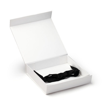 Custom Garment Gift Packaging Box With Magnetic Closure