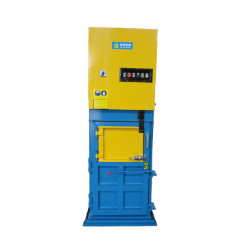 Small hydraulic baling machine with CE