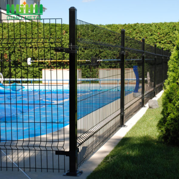 PVC coated wire mesh fence for boundary wall