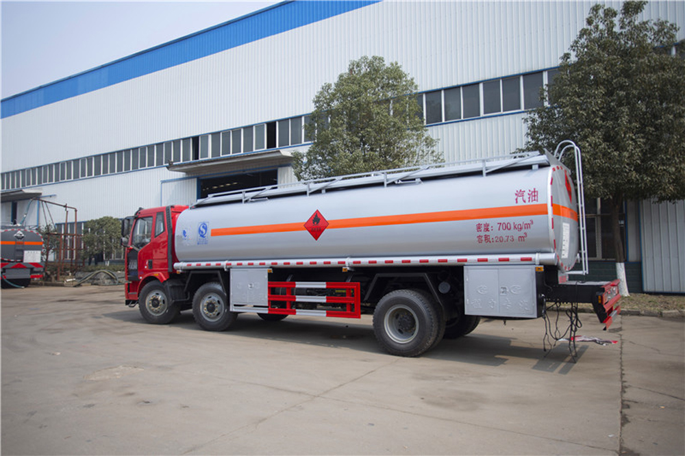 oil transport tank truck 1