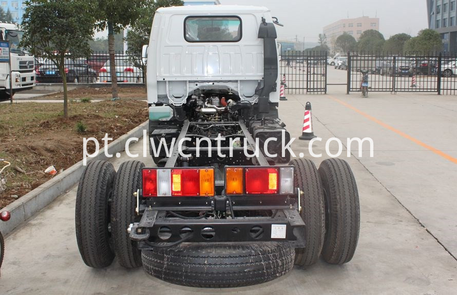 heavy wrecker tow trucks chassis 5
