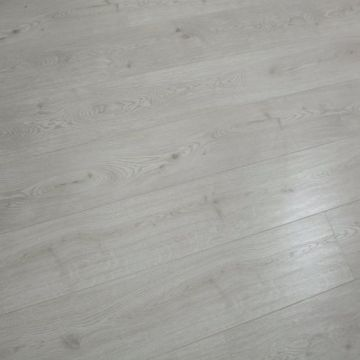 12.3mm AC3 HDF Synchronized Laminate Flooring