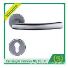 SZD STH-119 Modern Looking Lever Style Stainless Steel Round Door Handles On Square Rose