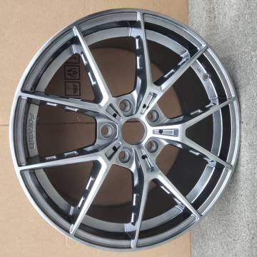 Gunmetal Double lip alloy wheel