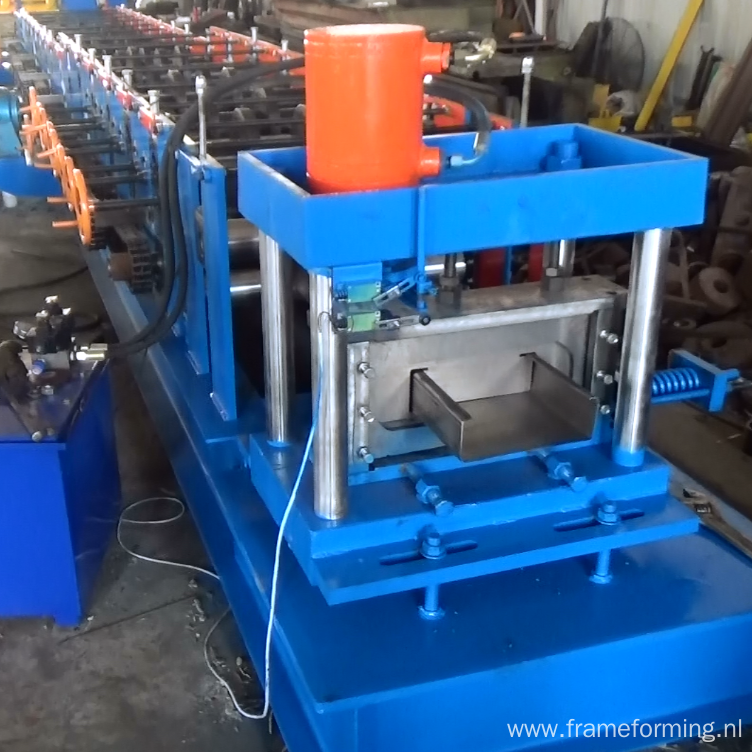 High precision C steel structure purline making machine