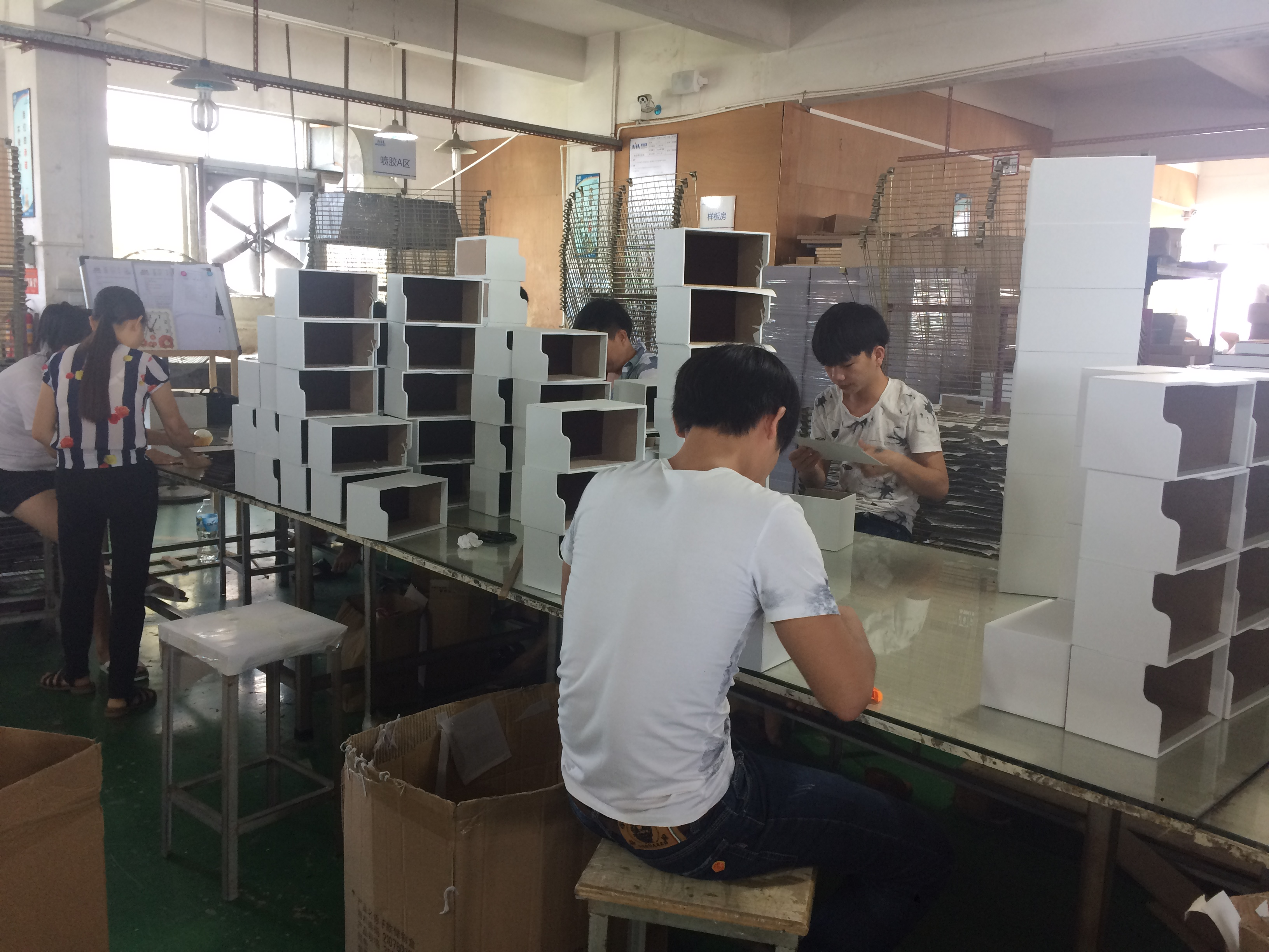 jewelry-tray-production-photo