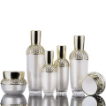High-grade luxury cosmetic bottles court retro acrylic cosmetic bottle/jars with good price