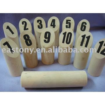 Wooden kubb game for Gardon or Outdoor