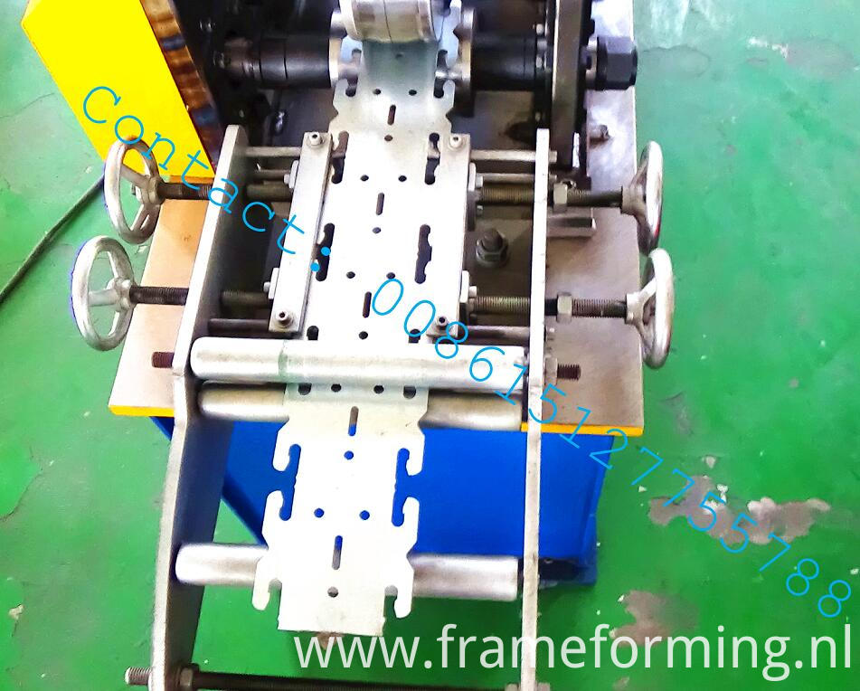 rolling machine keel (20)