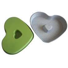 Non stick heart shaped baking cake tins