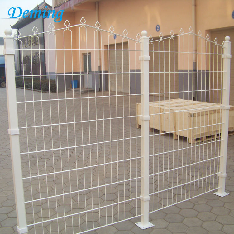 Electric Galvanized and PE Coated Metal Decofor Panel Fence