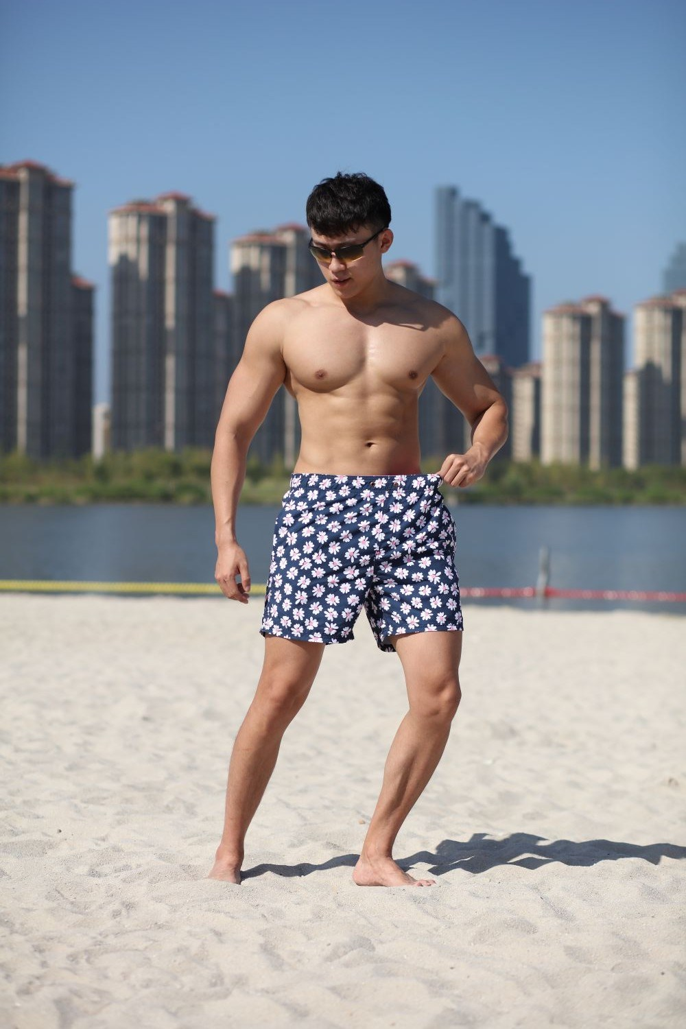 120GSM Microfiber Polyester Coating Digital Print Brief Mesh Lining for Swim Quick Dry Water Repellent Man's Swimming Short