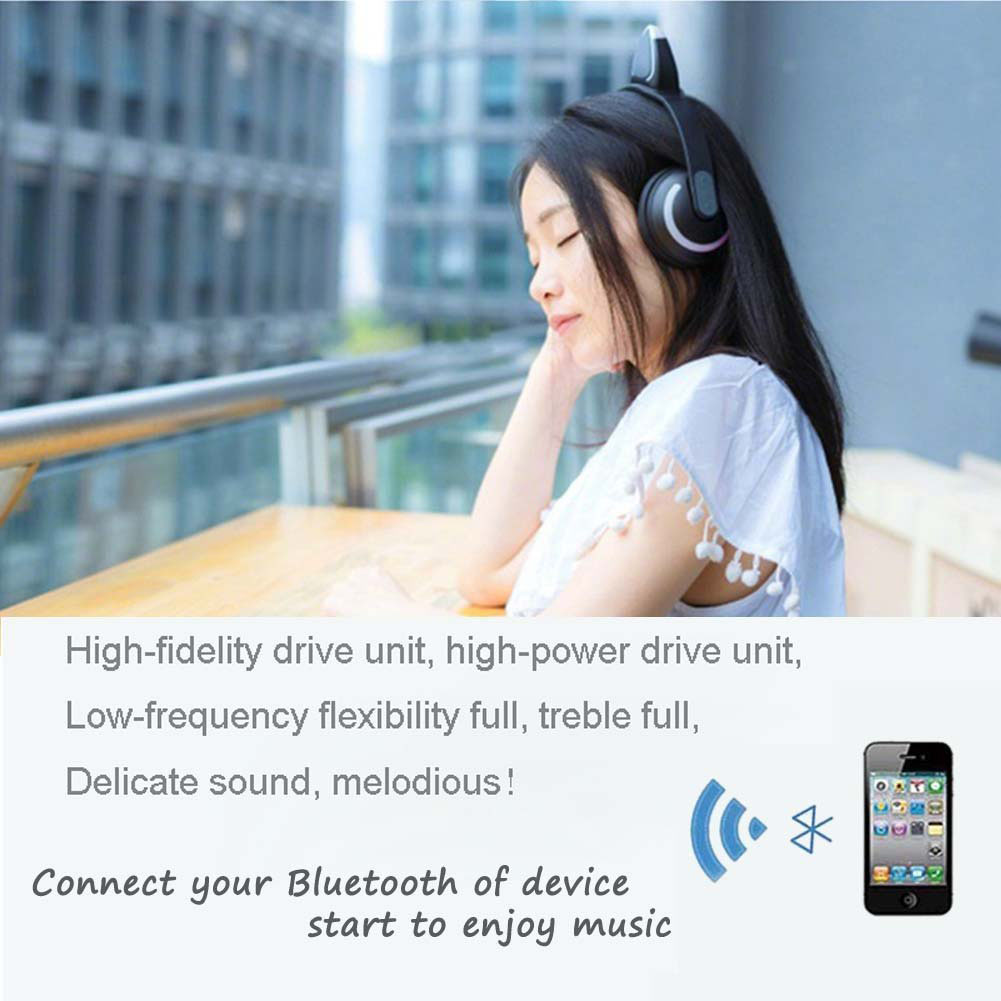 Bluetooth headphone with LED light