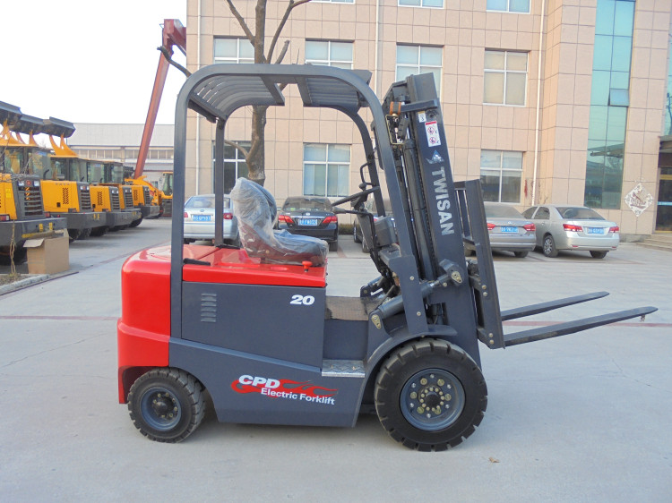 2 tons electric forklift